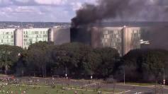 Terroristas tacam fogo em Brasilia